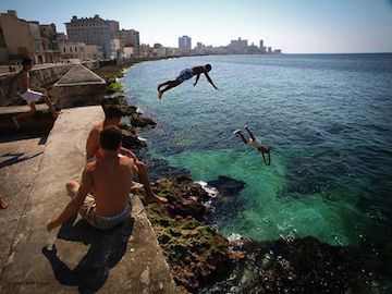 https://corefluency.com/wp-content/uploads/2014/07/Malecón-jumpers-premium-slider-size.jpeg